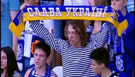 Чорноморець - Олімпік. Гімн України та хвилина мовчання