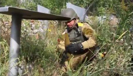 Розмінування кладовища у Краматорську