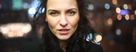 Популярній поетесі з Москви заборонили в'їзд до України