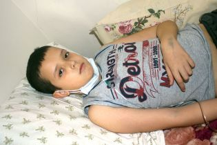 Острый лейкоз угрожает жизни 11-летнего Никитки