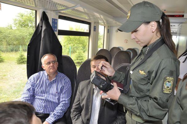 На Волині у перший рейс до польського Холма вирушив рейковий автобус