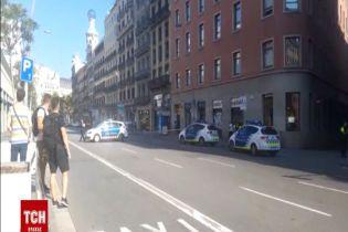 У Барселоні фургон в'їхав у натовп: є поранені та загиблі