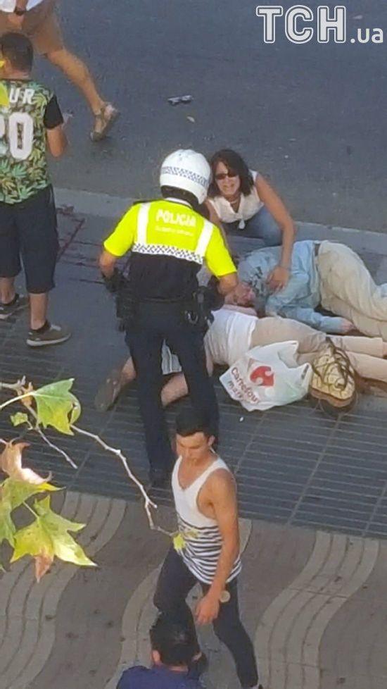 Кількість постраждалих внаслідок теракту у Каталонії сягнула більше 100 - поліція