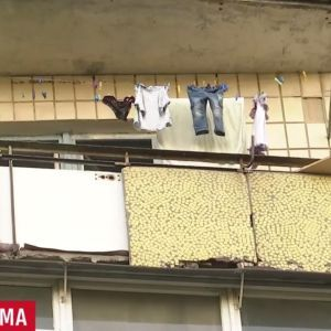 Несамовиті дитячі крики з балкону сполохали киян і поліцію