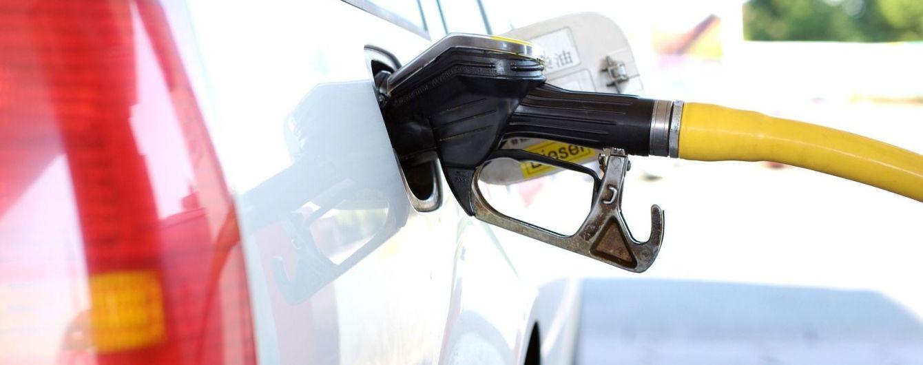 На АЗС здорожчав автогаз. Середні ціни на пальне на 13 жовтня