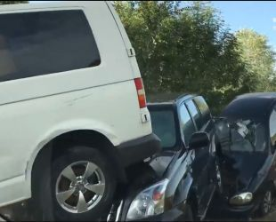 У Криму селевий потік пошкодив півсотні машин