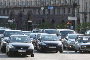 Готовьтесь к пробкам: в Киеве кое-где перекроют движение для ремонта дорог