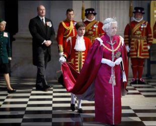 Планирует ли Елизавета II передавать корону наследнику