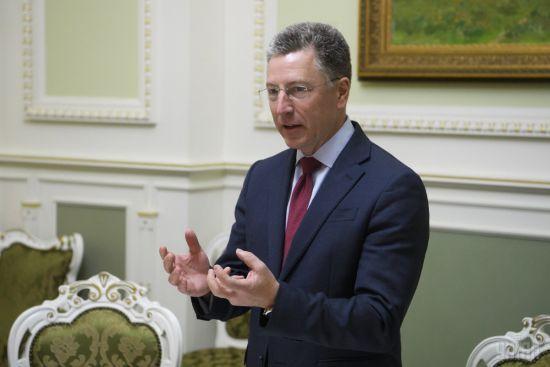 Україна не готова до вступу в НАТО, як і альянс не готовий її прийняти - спецпредставник США Волкер