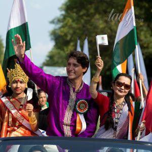 Джастин Трюдо вышел в свет в индийском наряде цвета фуксии