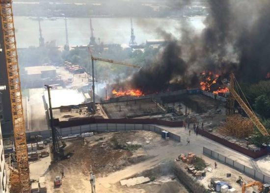 """""""Говнярка"""" у вогні. Район Ростова потерпає від найбільшої пожежі за 20 років"""