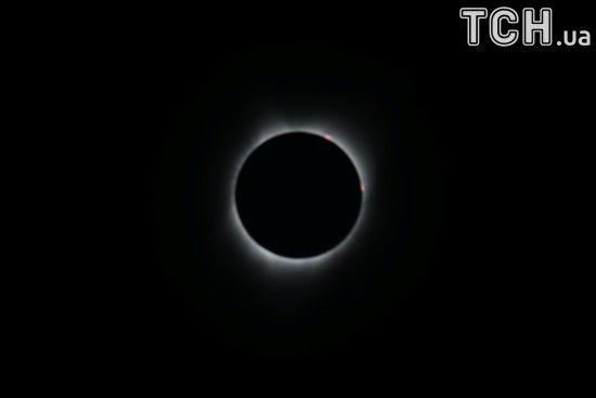 Сварки на все життя та загострення хвороб: наслідки сонячного затемнення для українців