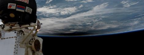 Земля в ілюмінаторі: космонавти показали затемнення Сонця із борту МКС