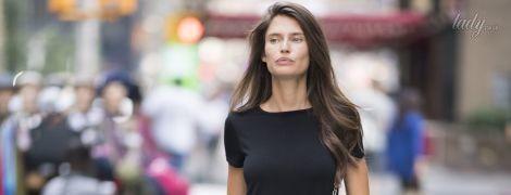 В мини-платье и без макияжа: Бьянка Балти приехала на кастинг Victoria's Secret
