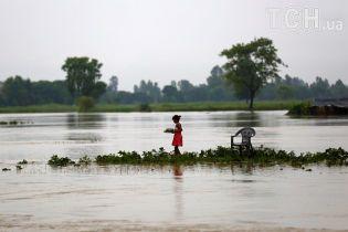Кількість жертв негоди у Південній Азії зросла до 245 осіб