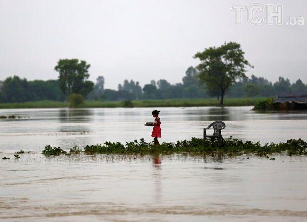 В Непале наводнения и оползни унесли полсотни жизней, заблокированы до 600 туристов