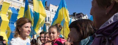 Гарно і патріотично: Марина Порошенко вийшла в світ у блузці від українського дизайнера за 685 гривень