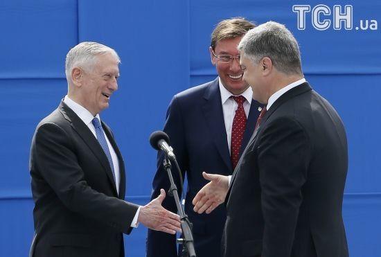 Порошенко задоволений обговоренням надання Україні летальної зброї та іншої підтримки від США