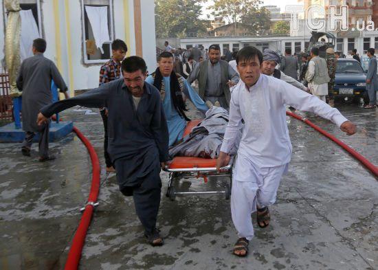 В Афганістані стався другий за день вибух у мечеті: щонайменше 20 загиблих