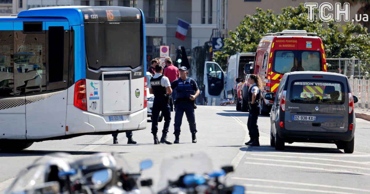 dt.ua У центрі Марселя чоловік з ножем напав на перехожих  є поранені 53753f74d60fd