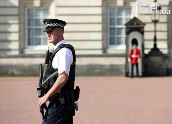 Британська поліція затримала другого підозрюваного в нападі на копів біля Букінгемського палацу