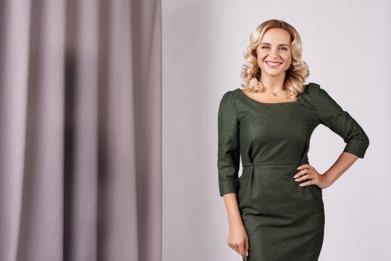 Лілія Ребрик втілила образ бізнес-леді у стильній фотосесії
