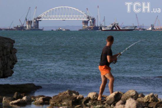 Російський міст в Крим близький до завершення - The Guardian