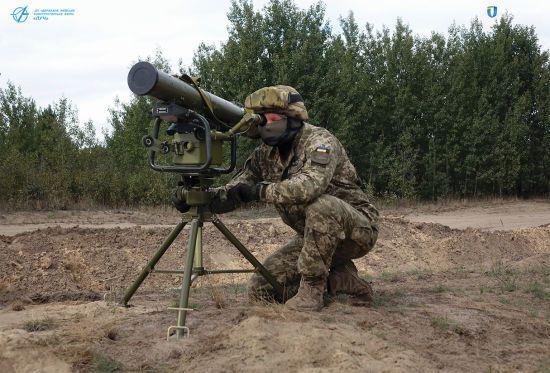 """Не гірше за Javelin: українська армія прийняла на озброєння новітній ракетний комплекс """"Корсар"""""""
