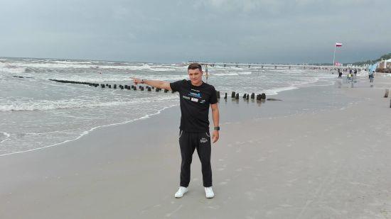 Польський спортсмен вперше в історії переплив Балтійське море