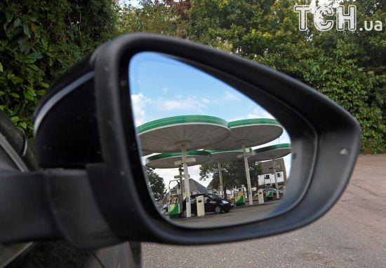 Скільки коштує заправити авто на АЗС уранці 13 липня
