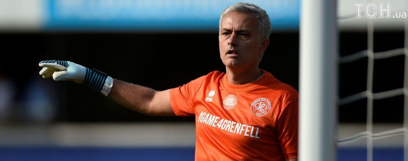 """Не тренером єдиним. Керманич """"Манчестер Юнайтед"""" випробував себе у ролі воротаря"""