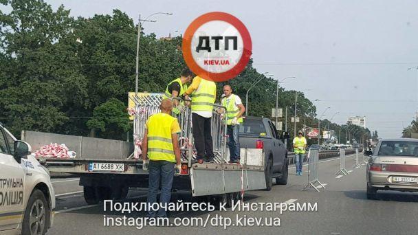 При в'їзді до Києва утворилися грандіозні 5-кілометрові затори