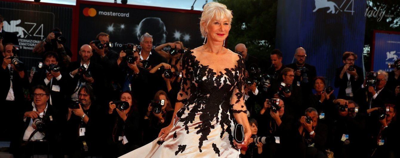 В пышном платье и на каблуках: 72-летняя Хелен Миррен на красной дорожке Венецианского кинофестиваля