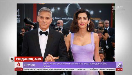 Джордж і Амаль Клуні знові на червоному хіднику