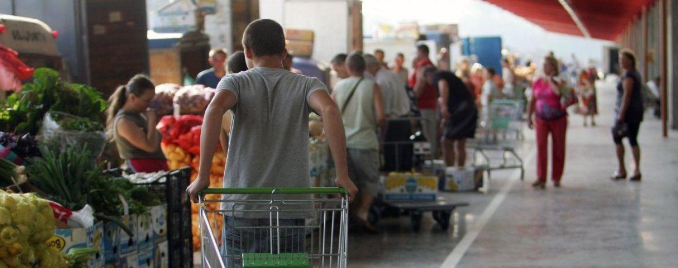 Два месяца без госрегулирования: как изменились цены на соцпродукты