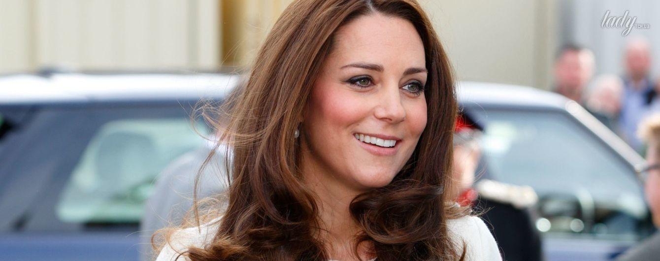 Снова в ожидании: 10 лучших выходов герцогини Кембриджской во время предыдущих беременностей