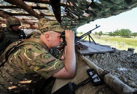 Російські військові комплекси в Криму мають здатність вразити цілі в центральній Україні - Турчинов