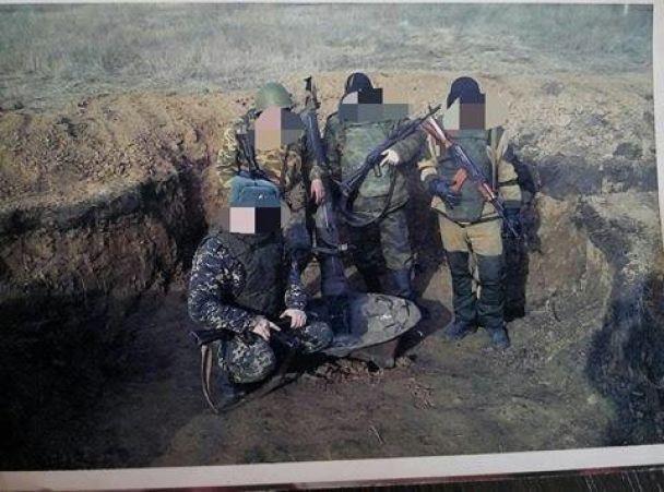 """Бабушка боевика """"ДНР"""" пыталась оформить в Украине соцпомощь в связи с его смертью"""