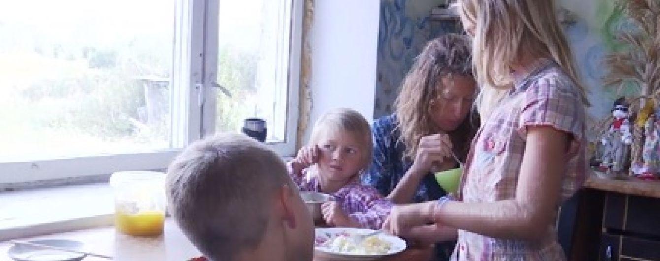 На Житомирщині апеляційний суд залишив дітей у родині рідновірів, але сільрада не здається