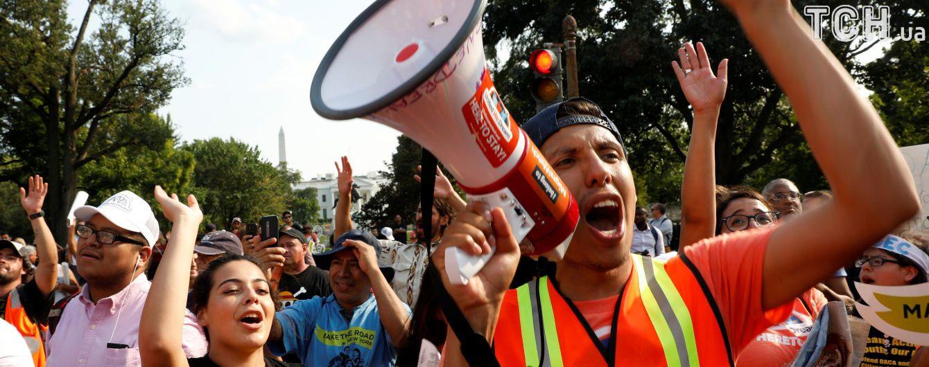 """Арешти """"мрійників"""": у США тривають протести проти скасування Трампом програми захисту молодих іммігрантів"""