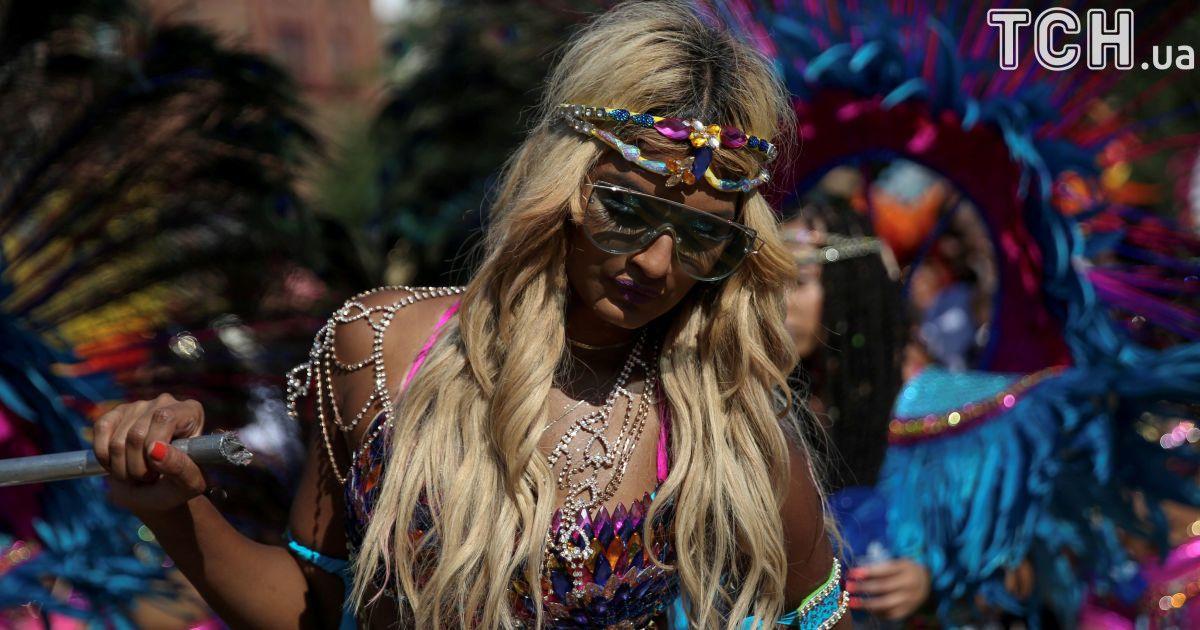 Блискітки і роги: у Нью-Йорку відбувся видовищний карнавал культури Карибського басейну