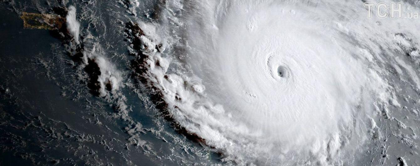 """Как выглядит мощный ураган """"Ирма"""" из космоса: NASA опубликовало захватывающее видео"""