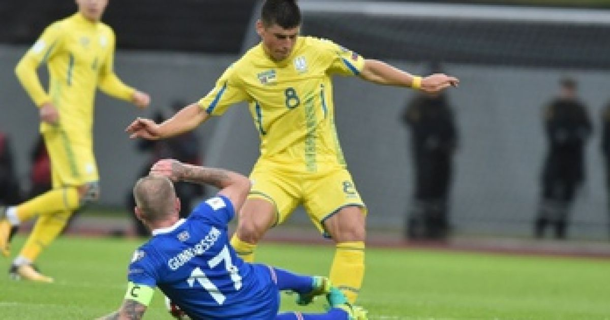 1a761027 Футбольный агент об игре сборной Украины с Исландией: выглядели, как дерьмо  в проруби