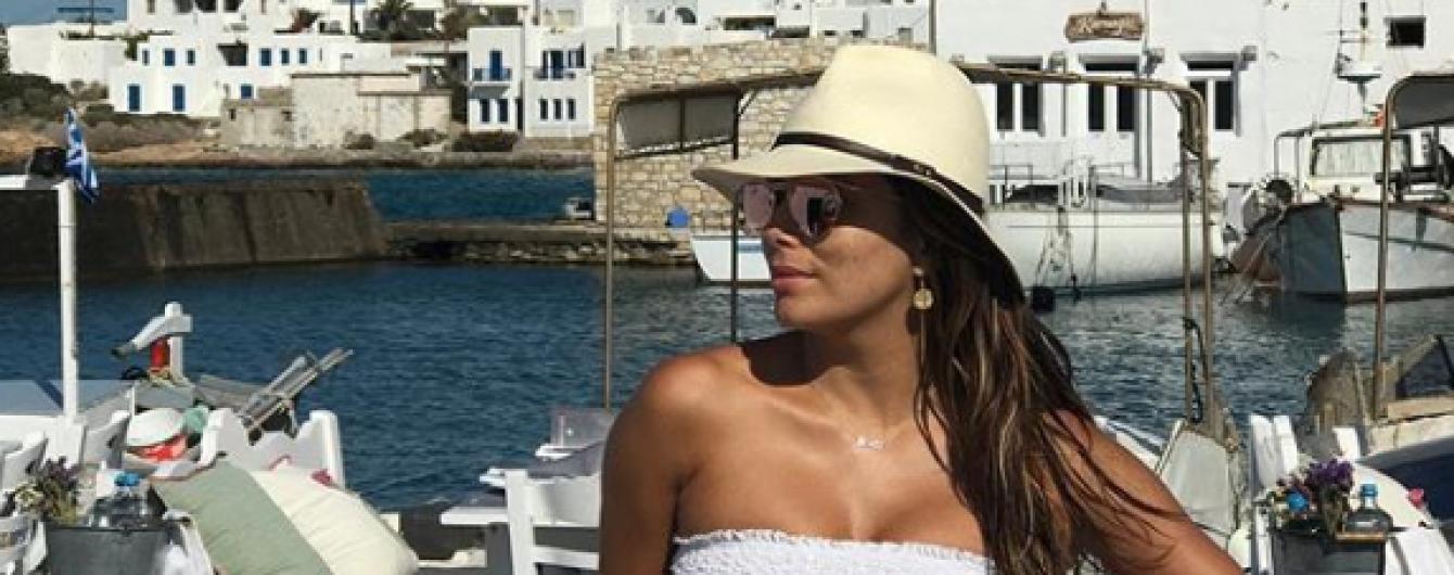 Вино, нарды и морские прогулки: греческие каникулы Евы Лонгории