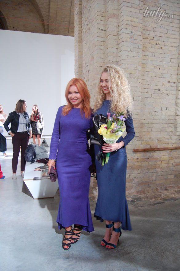 Звездные гости на показе Анастасии Ивановой_13