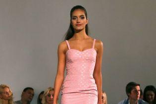 Мини-платья, пастельные цвета и принт в горох в новой коллекции Анастасии Ивановой