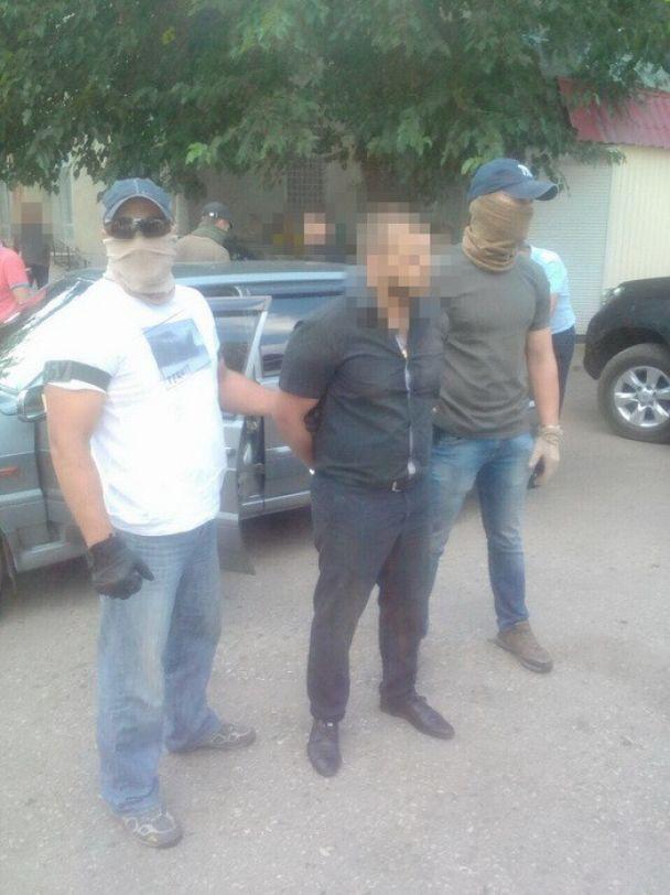На Одещині затримали прокурора-хабарника, який вимагав гроші за непоновлення кримінальної справи