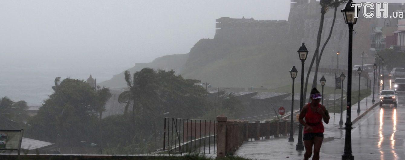 """Ураган """"Ирма"""" может уничтожить остров миллиардера Брэнсона и гольф-клуб Трампа"""