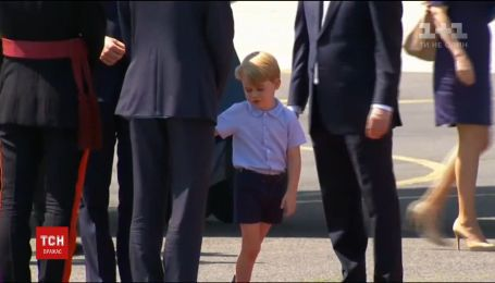 Принц Джордж пішов у перший клас