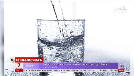 Питна вода на планеті забруднена пластиком
